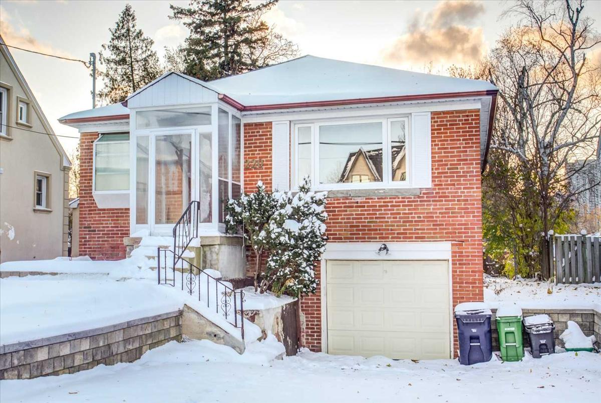 220 Willowdale Ave Toronto Kevin Niroomand